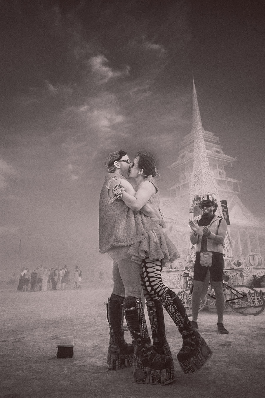 burning-man-2012-wedding-photo-001