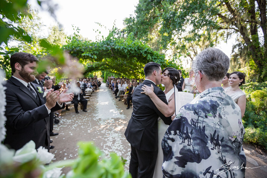 campovida first kiss ceremony