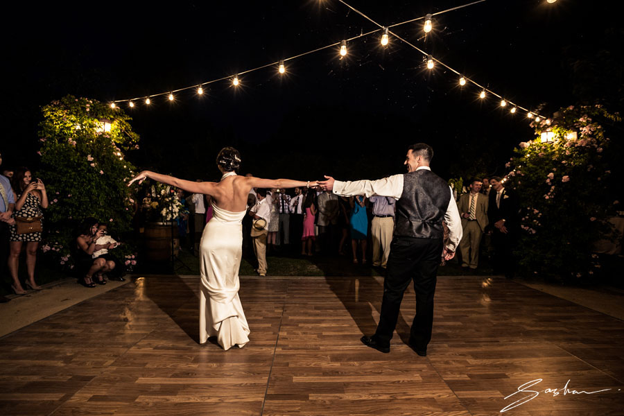 campovida-wedding-first-dance