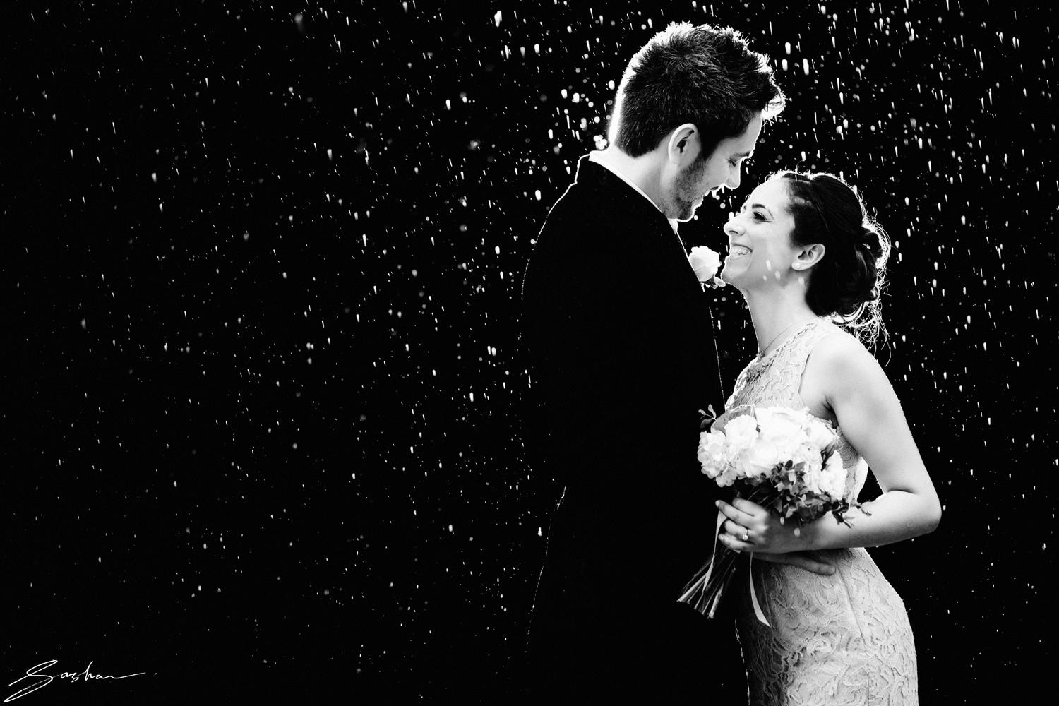 rainy-day-wedding-bw